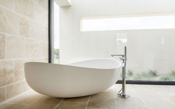 Different types of bathtubs Which suits your needs